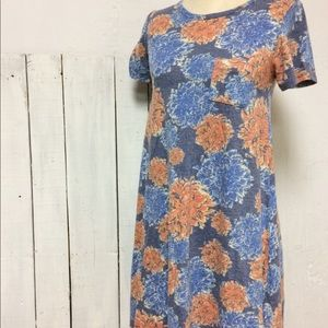 Lularoe - Carly Dress - Size: XS - High Low
